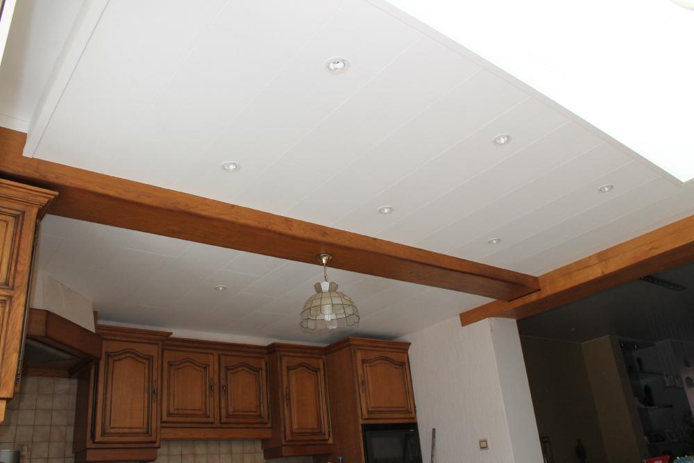 Kastenwand Keuken Inbouwen : Plafond steken – Schrijnwerker Stijn Janssens – voorbeeld 1